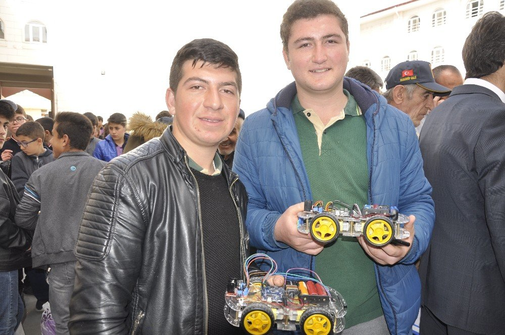 Minik Öğrenciler Birbirinden İlginç Projelerini Sergiledi