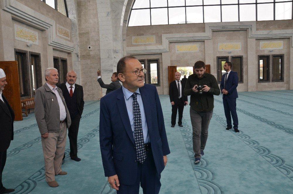 Hacı İsmail-hafız Güzide Uğur Cami İbadete Açıldı