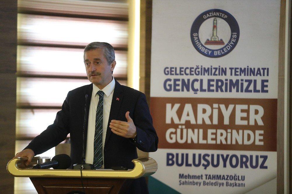 Başkan Tahmazoğlu, Kariyer Günlerinde Gençlerle Buluştu