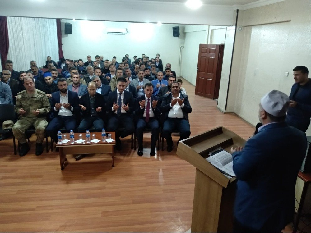Sason'da Şehitleri Anma Programı Düzenlendi