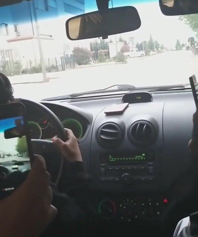 Bursa'da Küçük Çocuk Direksiyon Başına Geçti, O Anlar Kameraya Yansıdı