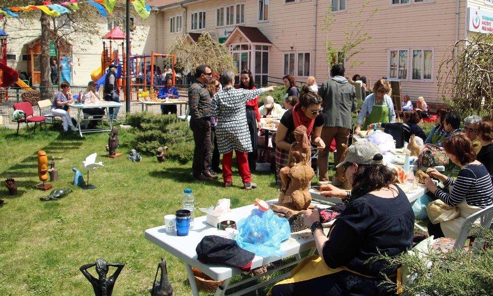 Çankaya Evleri'nde Yıl Sonu Sergileri Başladı