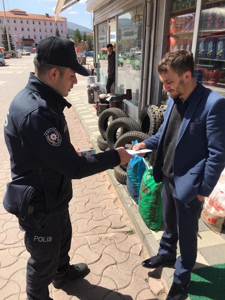 Daday Polisi Dolandırıcılığa Karşı Broşür Dağıttı