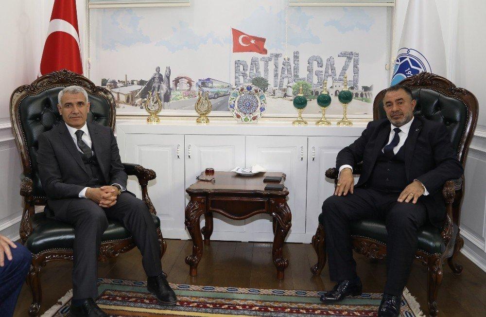 Türk-iş'ten Başkan Güder'e Ziyaret