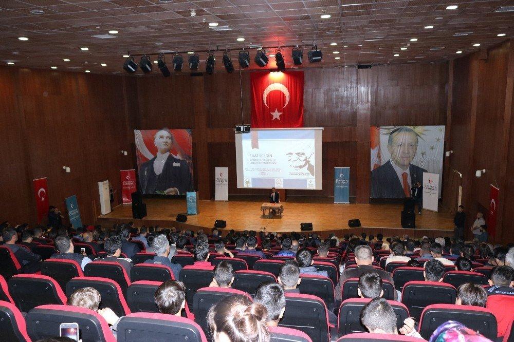 Diyarbakır'da Fuat Sezgin Gençlik Vizyonu Etkinliği