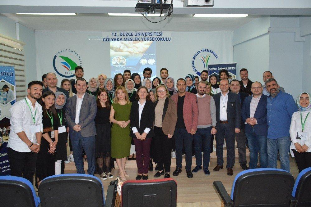 Düzce Üniversitesi Öğrencileri Sosyal Sorumluluk Projelerini Anlattı