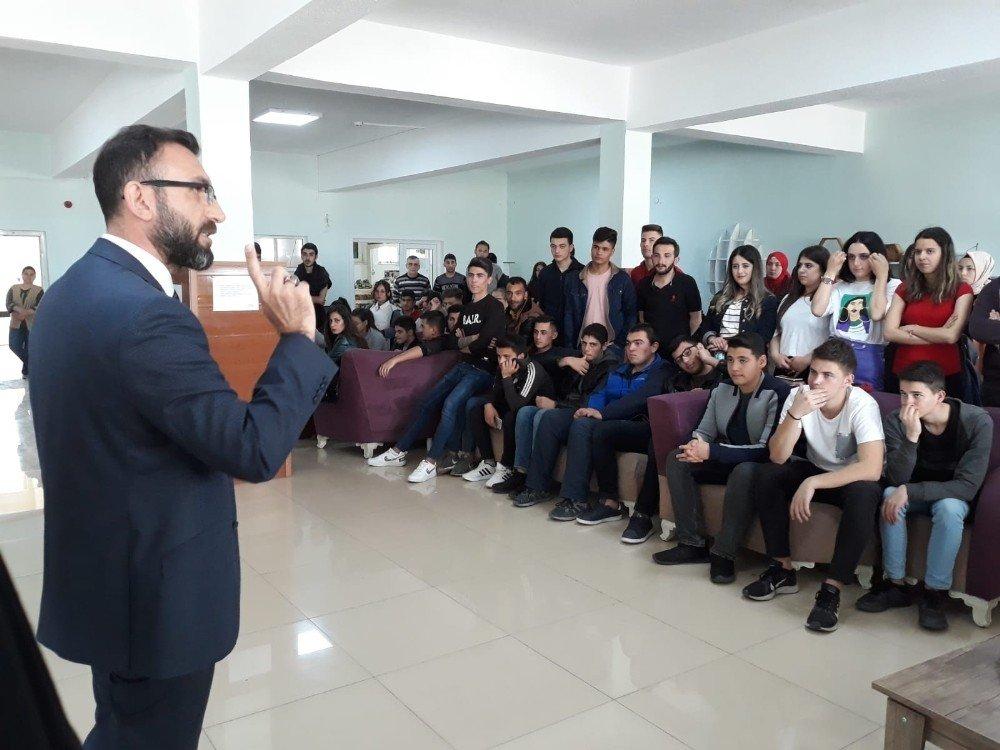Burhaniye Meslek Yüksekokulunda Kısır Günü Etkinliği