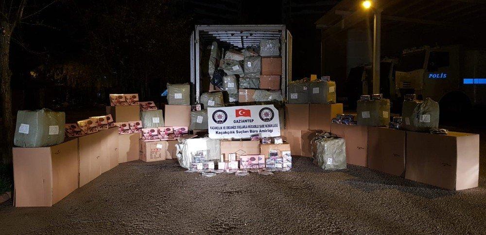 Gaziantep'te Kaçak Kozmetik Operasyonu: 2 Gözaltı