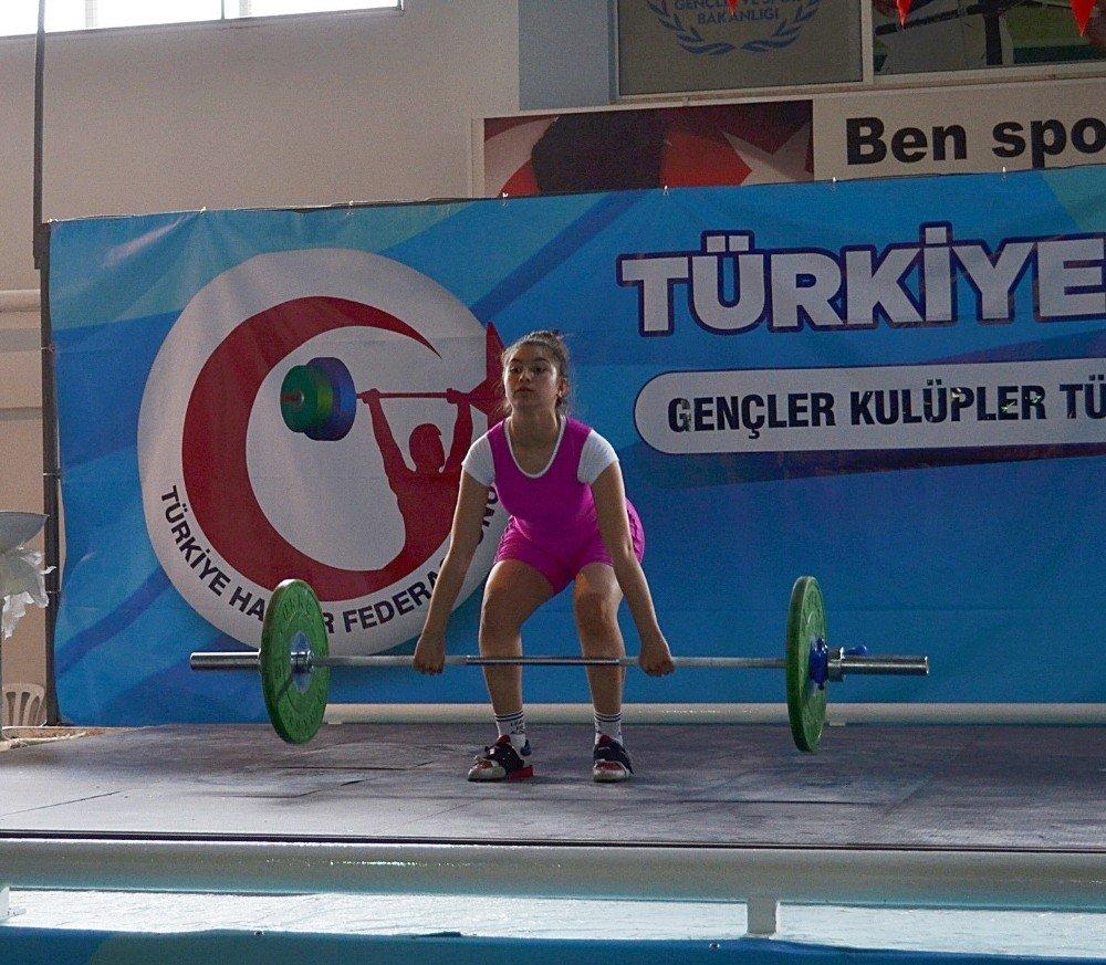 Gençler Kulüpler Türkiye Halter Şampiyonası Didim'de Yapıldı