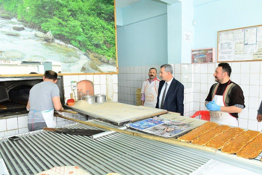 Başkan Çınar, Esnaf Ve Vatandaşlarla Buluştu