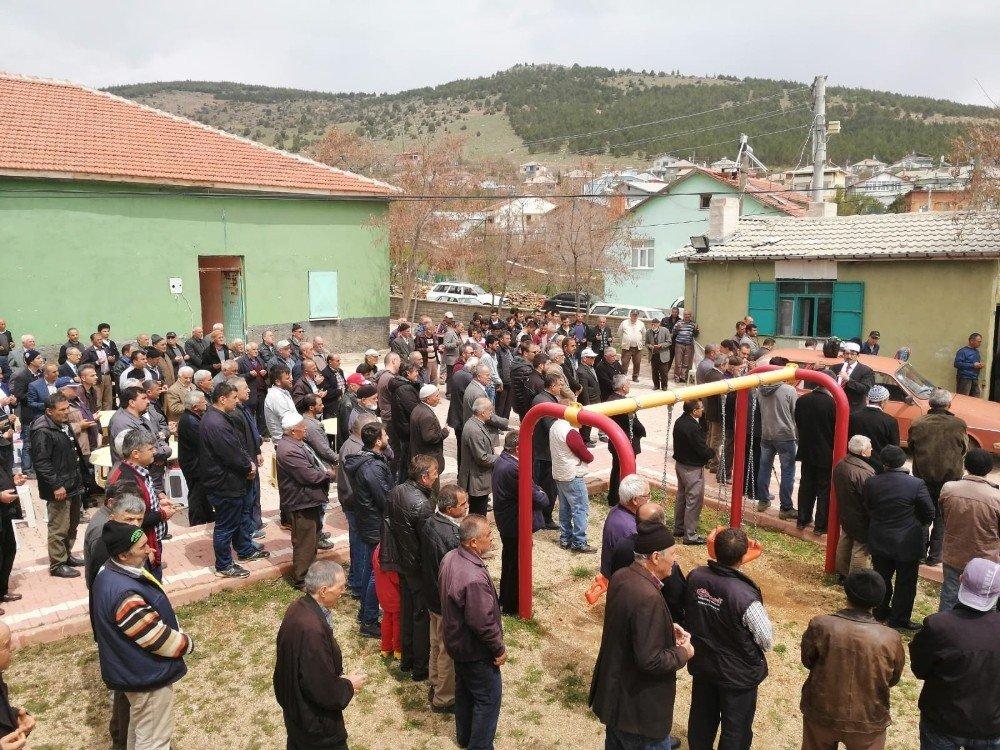 Hüyük'te Çiftçiler Yağmur Duasına Çıktı