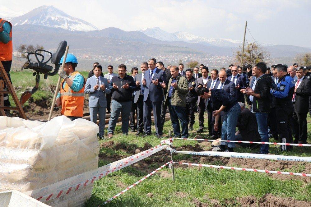 Atlı Polis Grup Amirliği'nde Sosyal Donatı Alanında Kullanılmak Üzere Sondaj Vuruldu