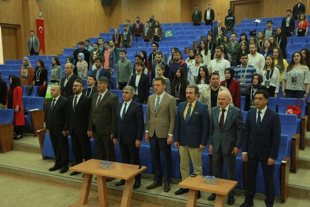 Kbü'de I. Ulusal Tıp Öğrenci Kongresi' Başladı