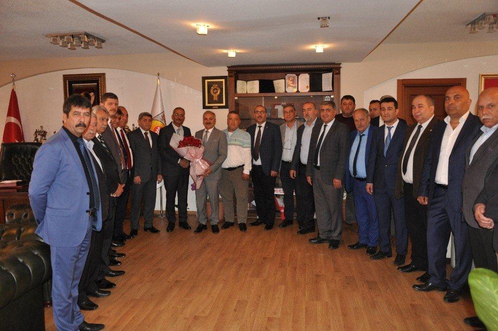 Başkan Dinçer'den Tarsus Belediye Başkanı Bozdoğan'a 'Hayırlı Olsun' Ziyareti