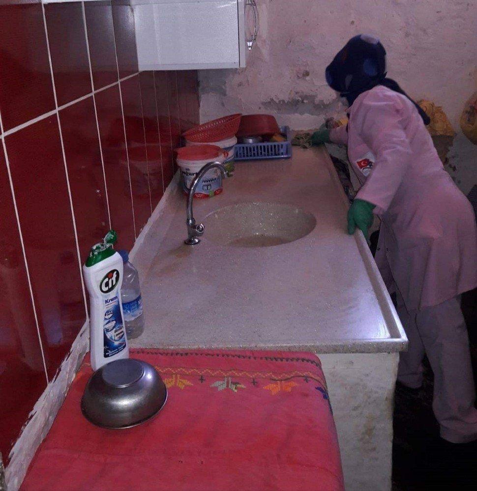 Zara'da Yaşlılara Hizmet Projesi