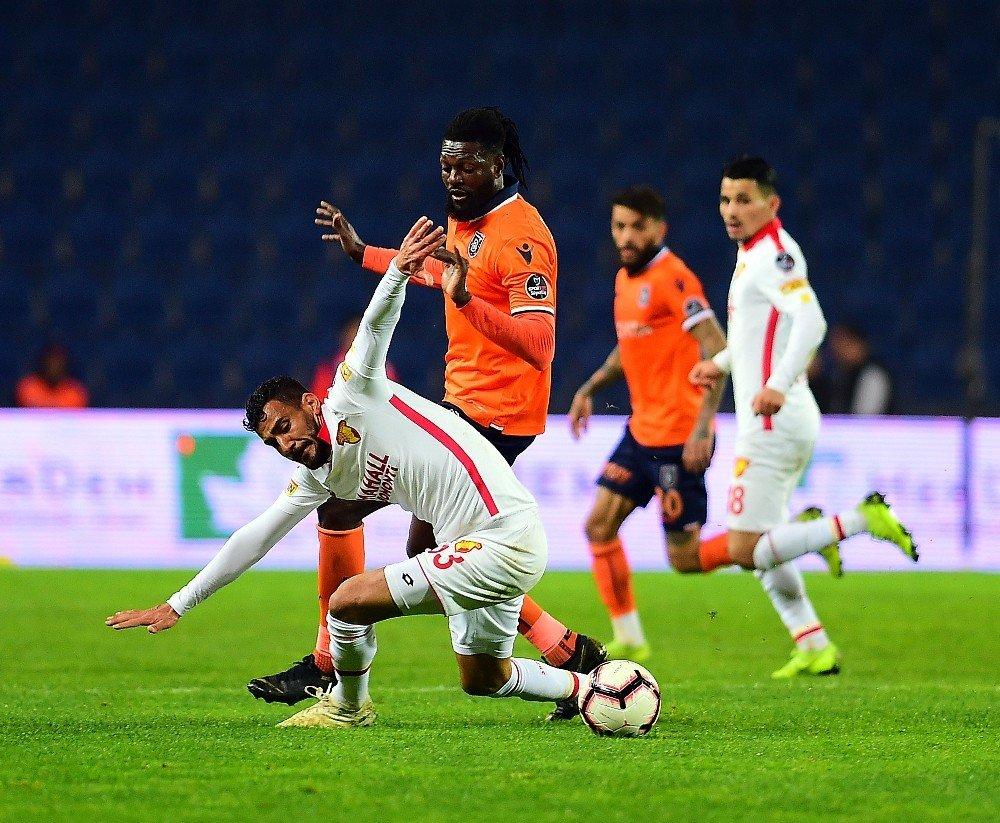 Spor Toto Süper Lig: Medipol Başakşehir: 0 - Göztepe: 2 (Maç Sonucu)
