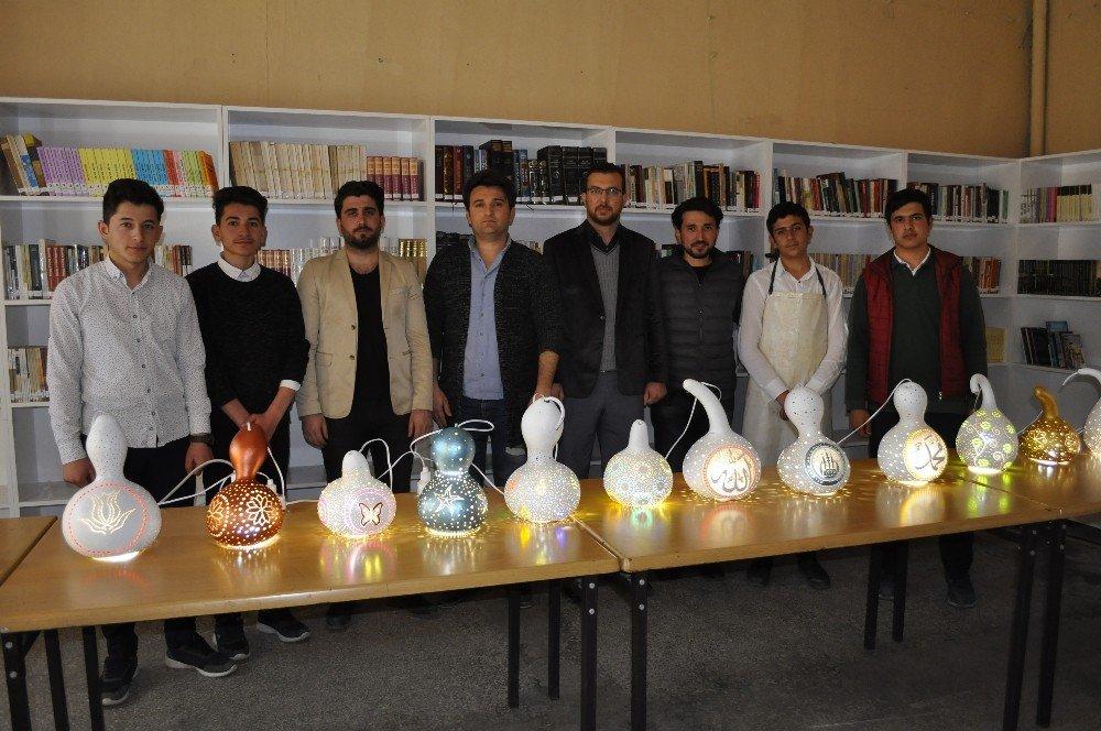 Su Kabakları Öğrencilerin Elinde Sanat Eseri Oldu