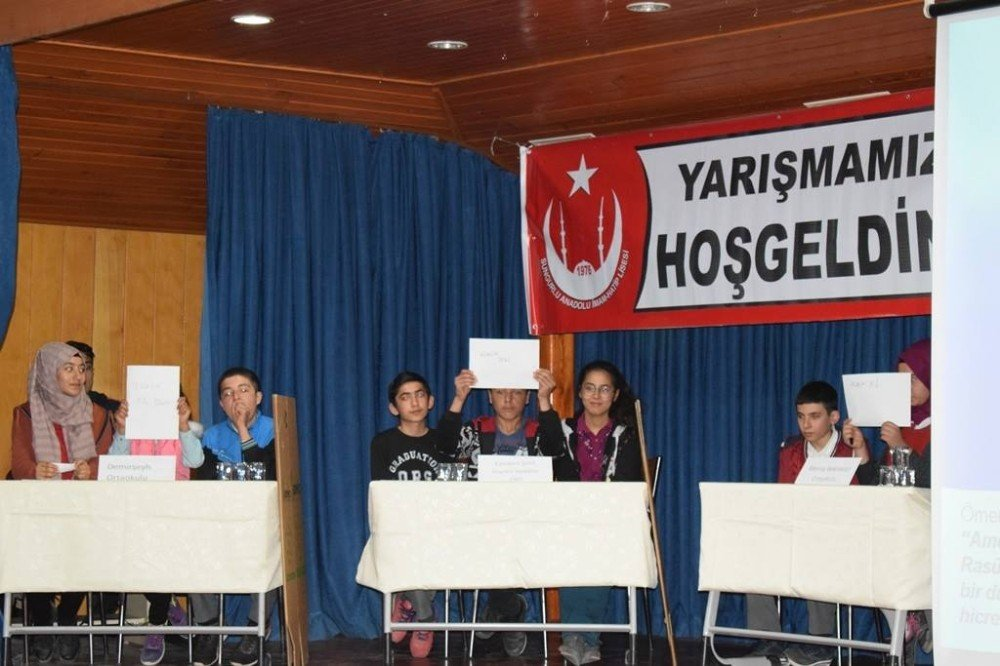 Sungurlu'da Bilgi Yarışması Düzenlendi