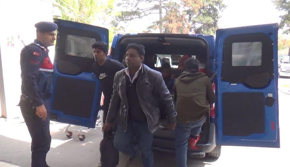 Tekirdağ'da 25 Kaçak Göçmen Yakalandı