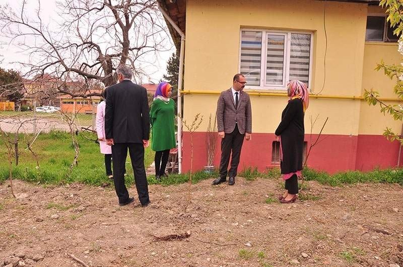 Başkan Kavaklıgil, Cumhuriyet Anaokulunu Ziyaret Etti
