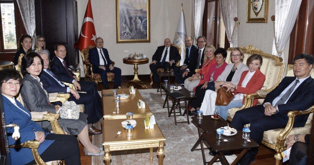 Büyükelçilerden Vali Tutulmaz'a Ziyaret