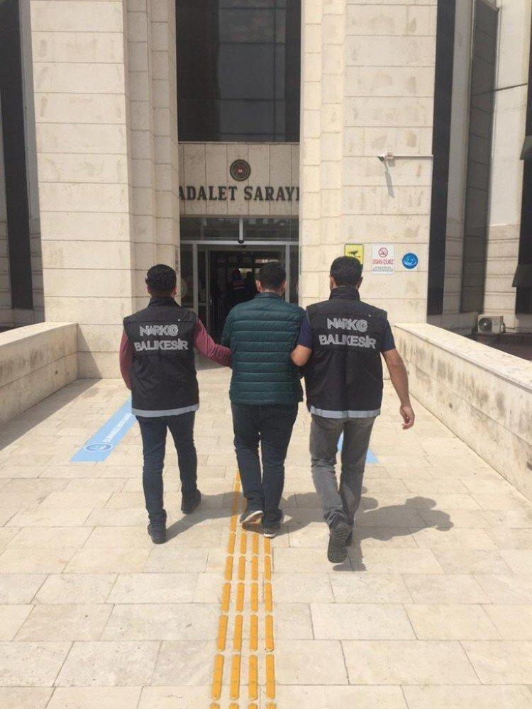 Edremit'te 50 Bin Liralık Uyuşturucu Operasyonu