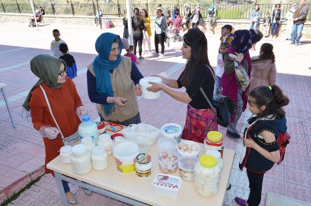 Çocuklar İçin Şenlik Düzenlendi, Organik Ürünler Sergilendi