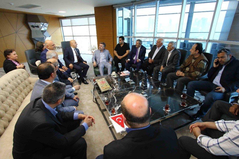 Başkan Sandal'ı Siyasi Parti Temsilcileri De Yalnız Bırakmadı