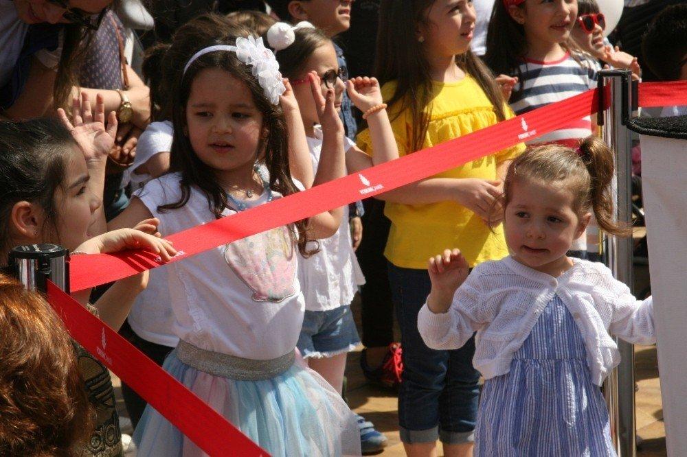 Forum Çamlık'tan Çocuklara Özel Onur Erol Konseri