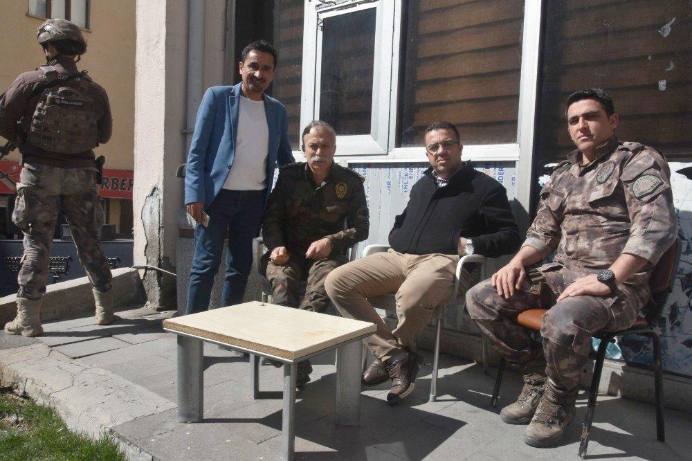 Vali Akbıyık'tan Esnaflara Ziyaret