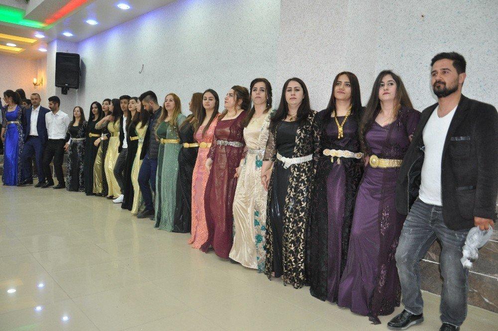 Yüksekova'da Düğün Sezonu Açıldı