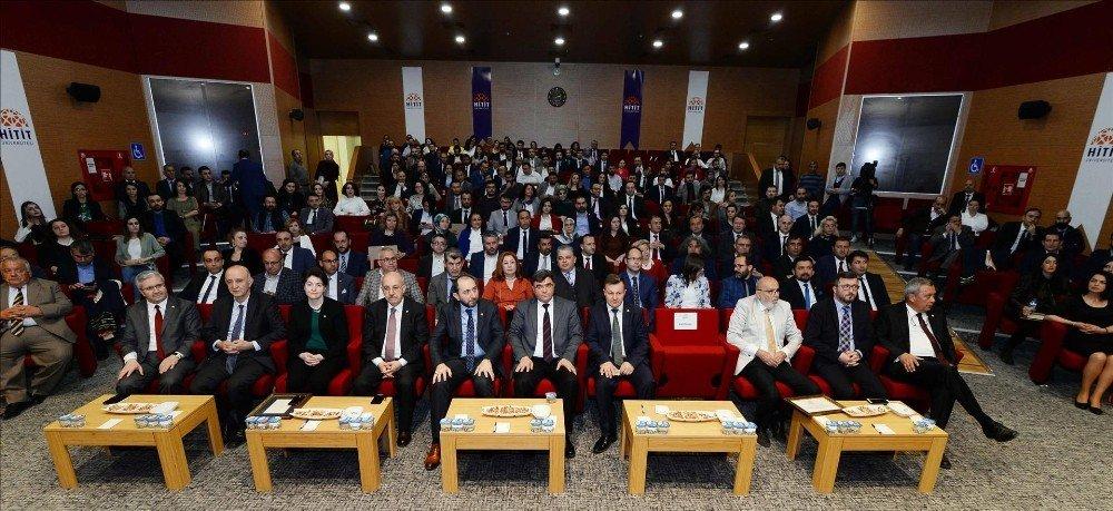 Hitit Üniversite'sinde Değişim, Dönüşüm Ve Gelecek Konulu Konferansı