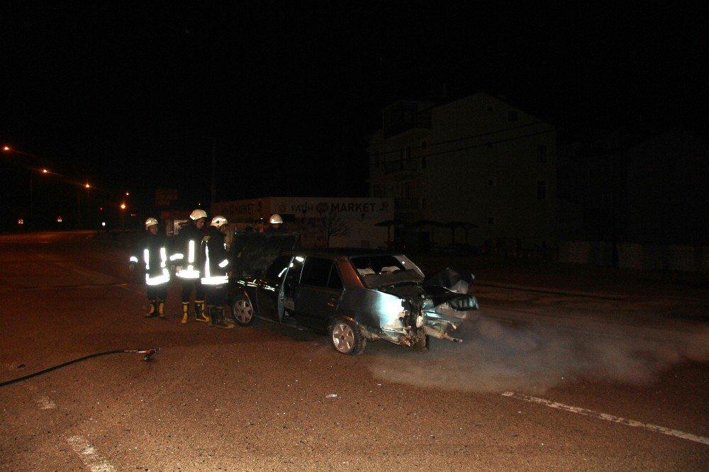 Araması Olan Şahıslar, Kazada Yaralanınca Yakalandı
