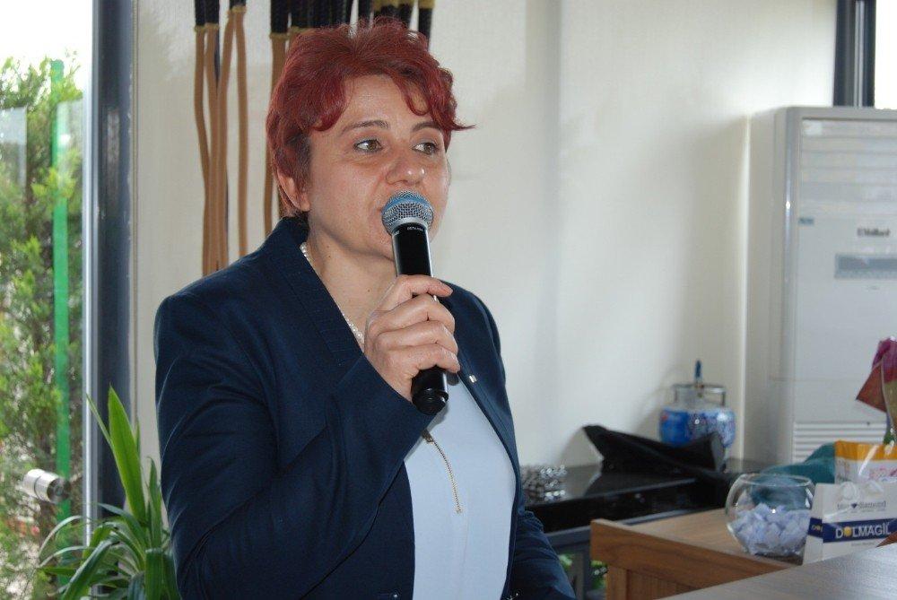 Kızılay'ın Kadın Kolları Üyelerinden Yardım Organizasyonu