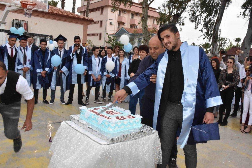 Kulaçlar Diploma İçin Atıldı