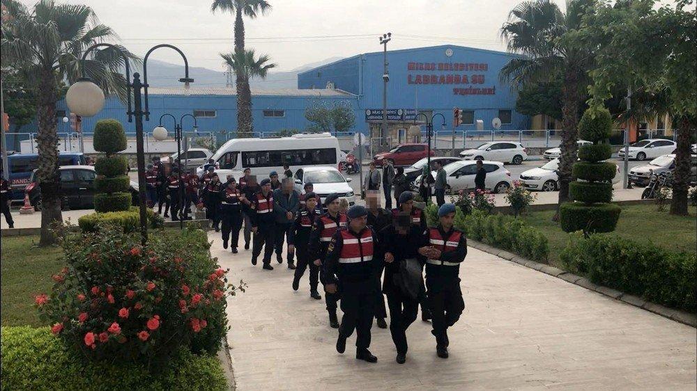 Rüşvet Operasyonunda Gardiyanlar Tutuklandı