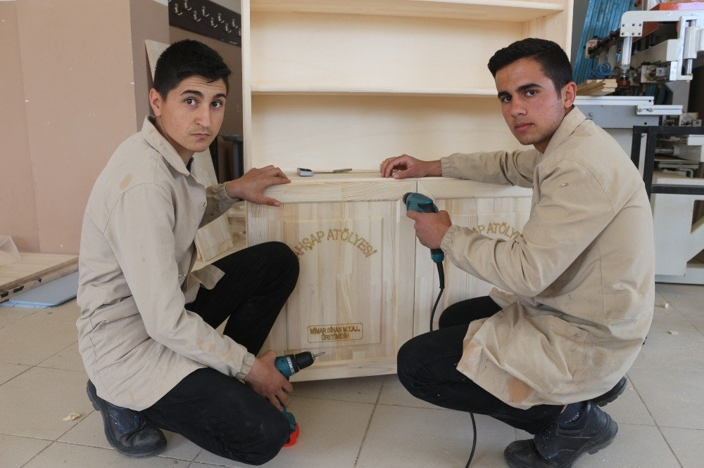 Okulların Beceri Atölyeleri Mimar Sinan Mtal'dan
