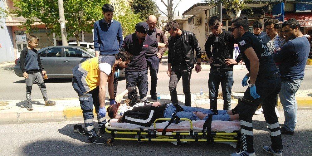 Kaza Yaptı Yaralandı, Yakınları Motosikleti Kaçırdı