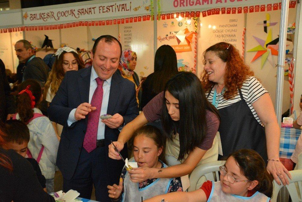 Çocuk Sanat Festivalinde Müjdat Ataman Rüzgarı