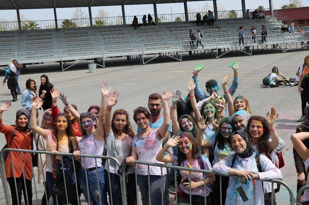 Boya Festivalinde Renkli Görüntüler Oluştu