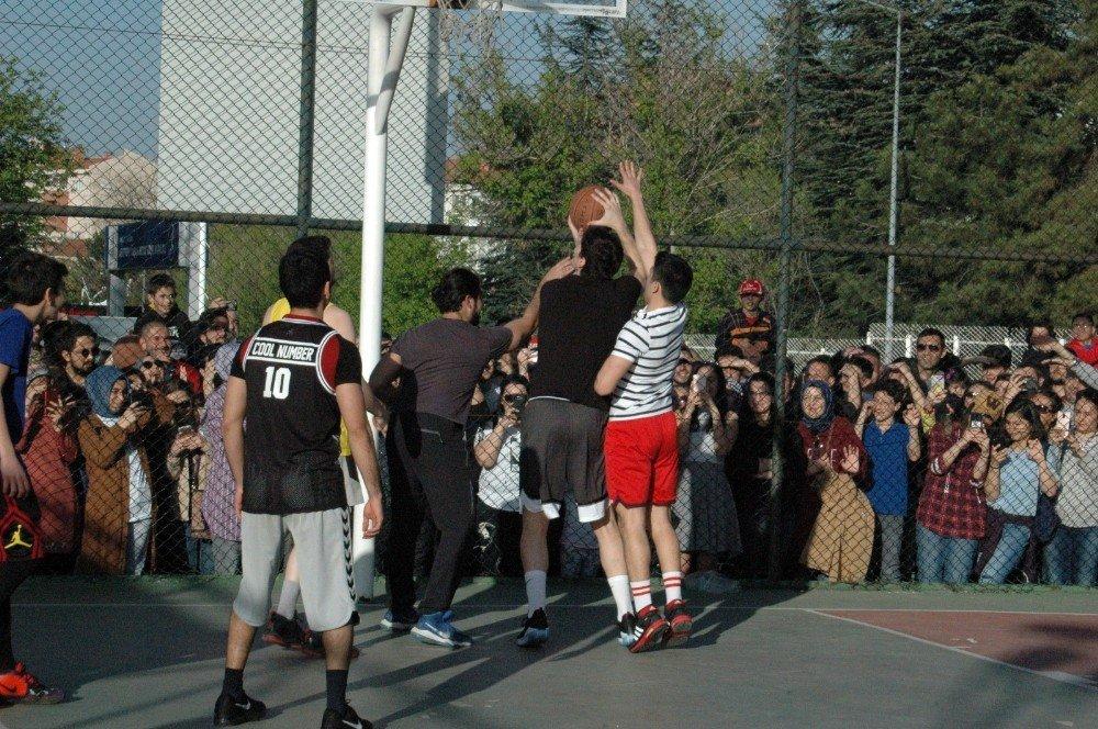 Cedi Osman, Ankara'da Gençlerle Buluştu