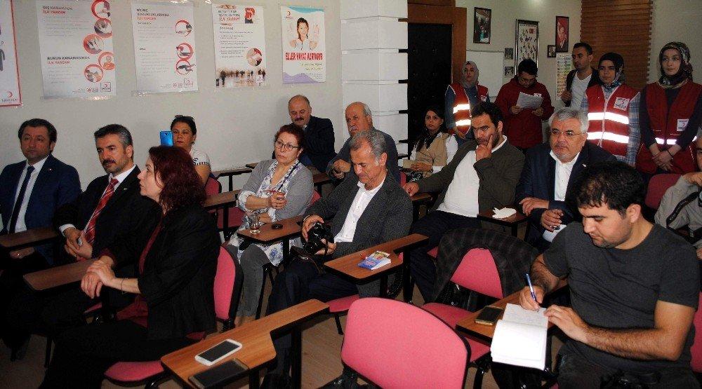 Türk Kızılayı Aydın'da İhtiyaç Sahiplerini Sevindirmeye Devam Ediyor