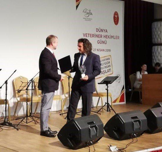 Prof. Dr. Lokman Aslan'a '2019 Yılı Tvhb Hizmet Ödülü'
