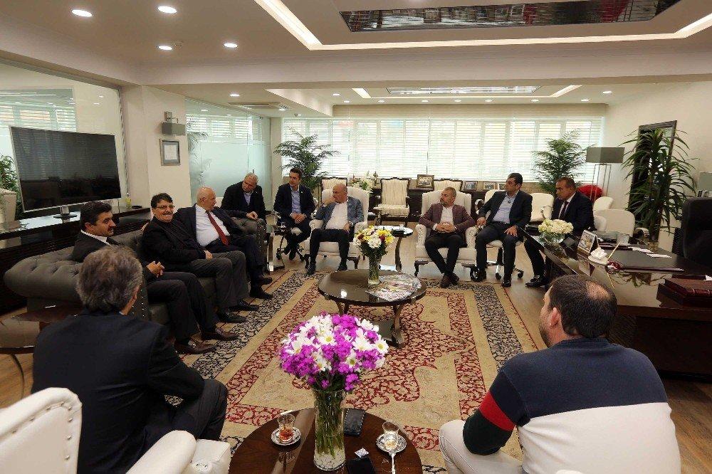 Gimat Yönetiminden Başkan Yaşar'a Hayırlı Olsun Ziyareti