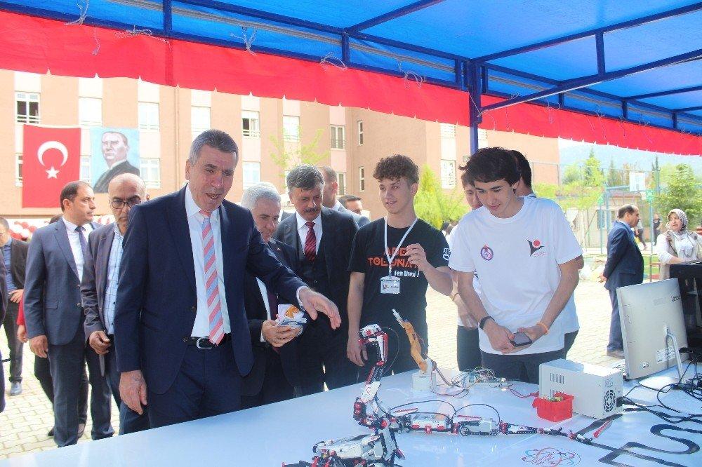 Burdur'da Fen Lisesinde Bilim Fuarı