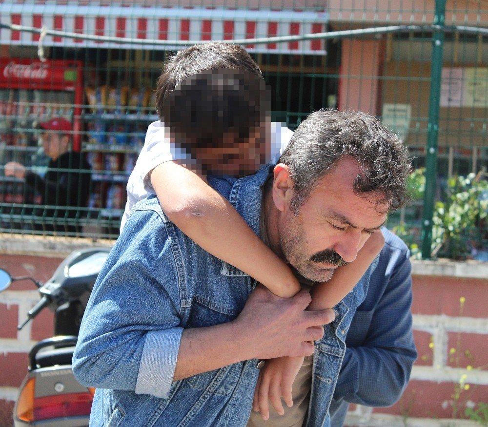 11 Yaşındaki Çocuk Babasının İntiharıyla Şok Oldu