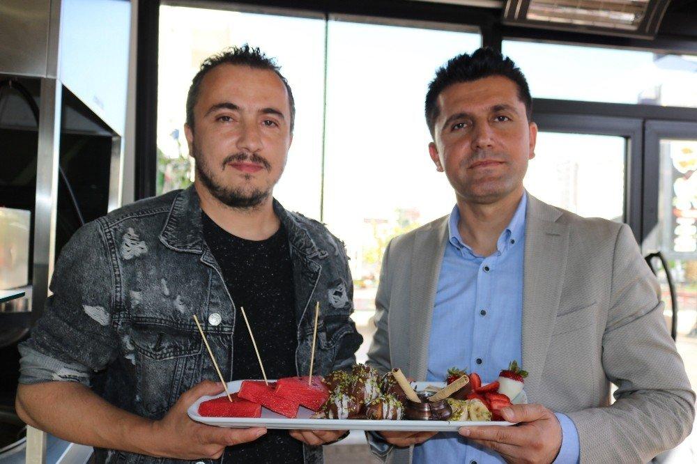 Tatlıya Diyarbakır'ın Sembolünü Eklediler