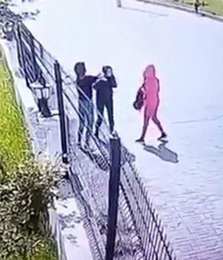 Diyarbakır'da Kızlar Arasında Kavga