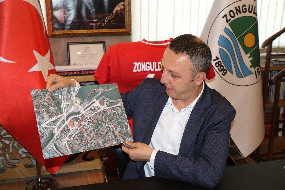 Belediye Başkanı Alan;
