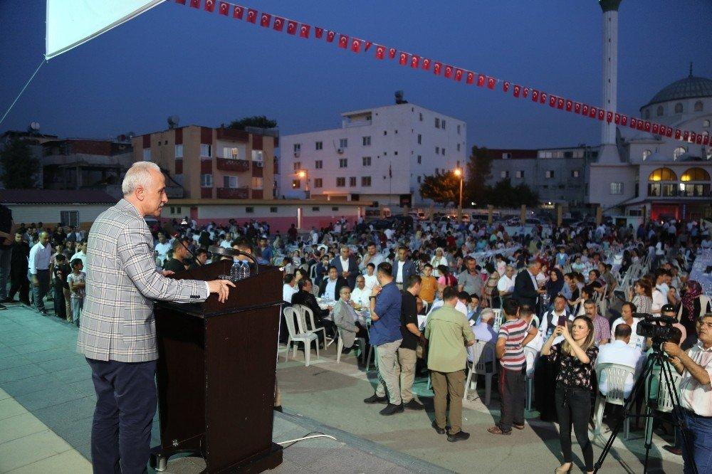 Binlerce Kişi Akdeniz Belediyesi'nin Gönül Sofrasında Buluşuyor